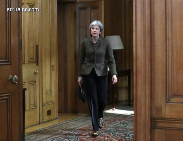 photo of Поредно противопоставяне в правителството на Мей за Brexit