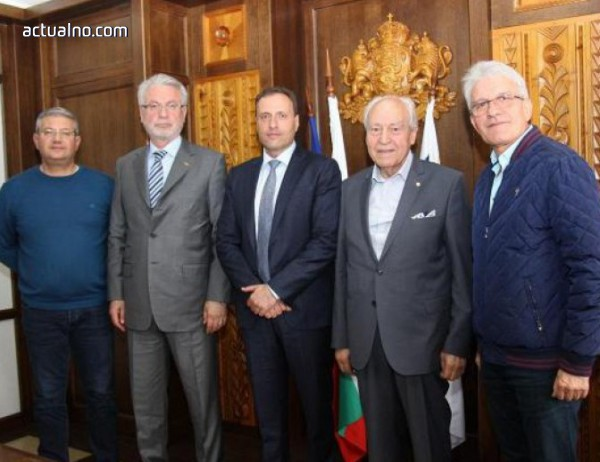 photo of Кметът на Банско се срещна с най-голямата неправителствена организация в Бурса