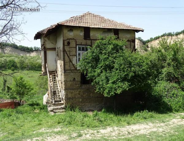 photo of Село Любовище, забравено от Бога (СНИМКИ)