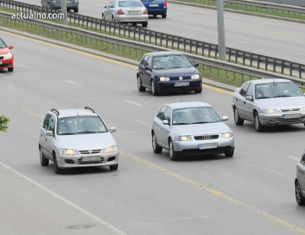 photo of Електронни винетки от догодина и повече права за АПИ, след промени в Закона за движение по пътищата