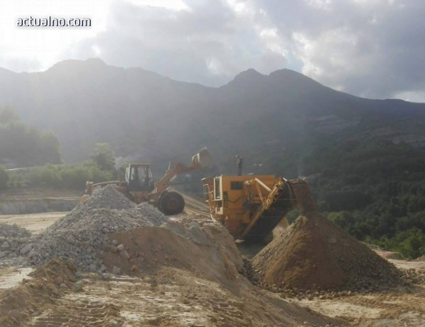 photo of Гърците строят пътя от Димарио към границата с България