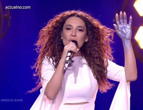 """photo of Скандал в Атина: Гъркинята на """"Евровизия"""" пожела победа на България, не на Кипър"""