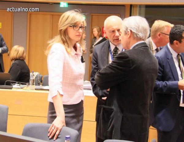 photo of Захариева в Брюксел: Европейският бюджет е израз на нашите ценности