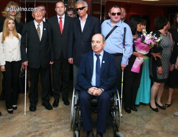 photo of Майките на деца с увреждания поискаха оставката на Минчо Коралски