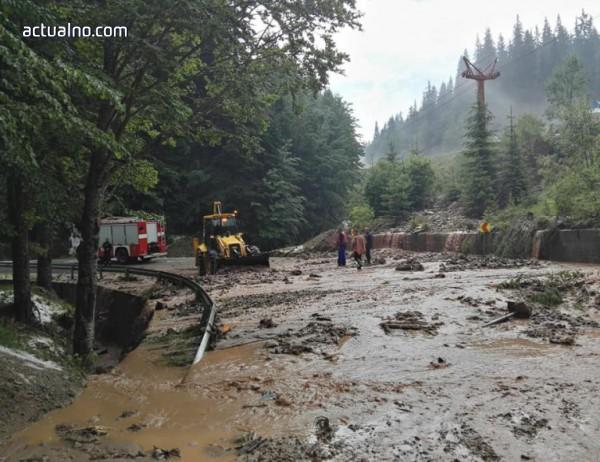 photo of Затвориха временно пътя Пампорово - Стойките заради наноси