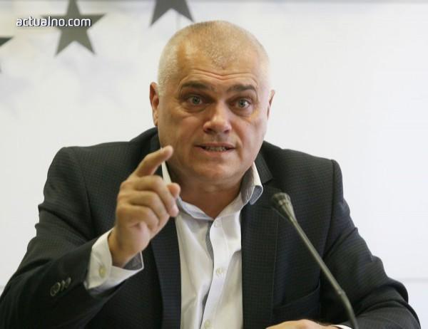 photo of Радев: Нападнатите полицаи са добре