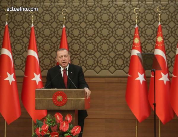 photo of Financial Times: Турция е пред трудни избори за САЩ, Сирия и ЕС