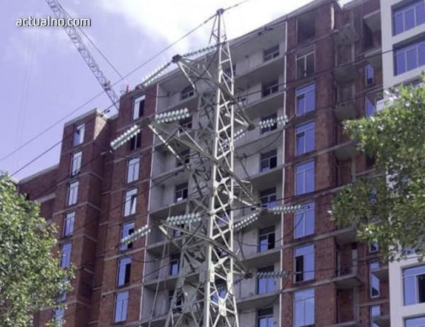 photo of В София строят жилищна сграда на метри от далекопровод (СНИМКИ)