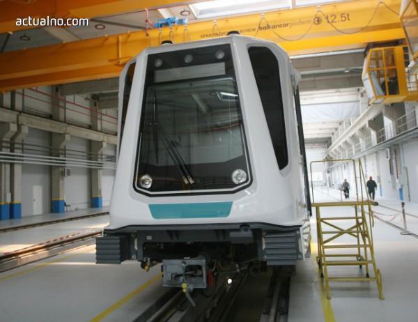 photo of Новите метровлакове - автоматични, но все пак машинисти ще има (Снимки)