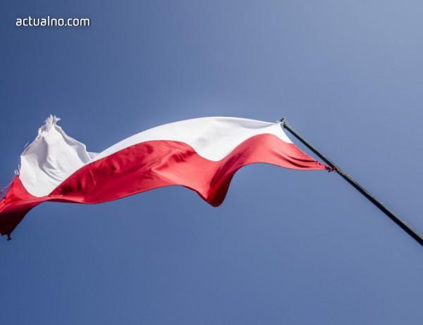 photo of Полша подписа дългосрочен договор със САЩ за доставна на втечнен газ