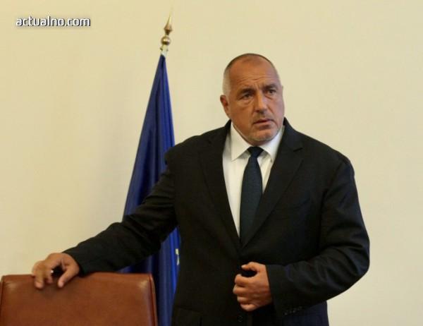 photo of Борисов привика на разговор всички посланици заради убийството в Русе