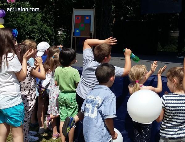 photo of Безплатна презентация показва как 5-годишно дете може да мисли логично