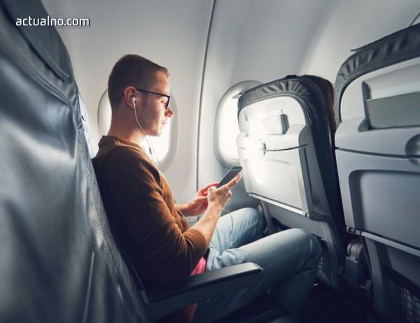photo of Защо е важно да кажете на стюардесата, ако загубите телефона си в самолета