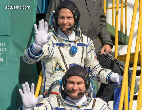 photo of Членовете на екипажа на Союз МС-10 не са в добро състояние
