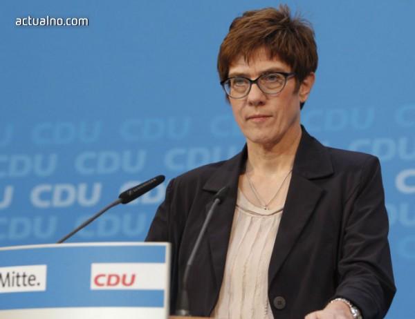 photo of Анегрет Крамп-Каренбауер пое лидерството на ХДС от Ангела Меркел