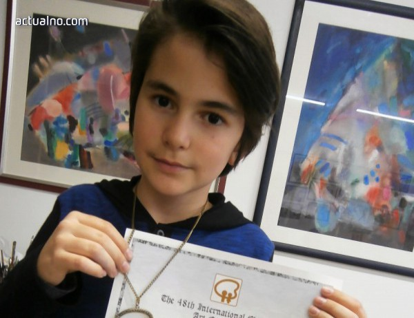 Десетгодишен плевенски художник спечели медал от конкурс в Япония