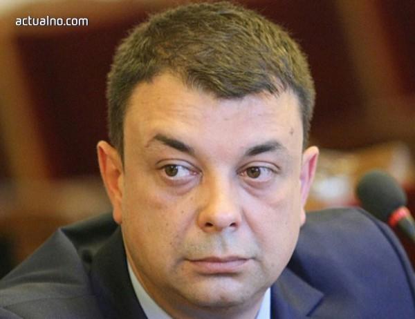 photo of Александър Сабанов: Не се сещам за терористичен акт със законно придобито оръжие