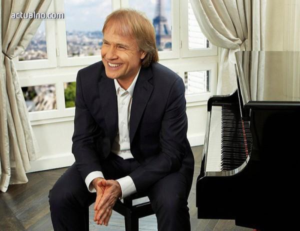 photo of Ричард Клайдерман ще свири утре в препълнената зала №1 на НДК