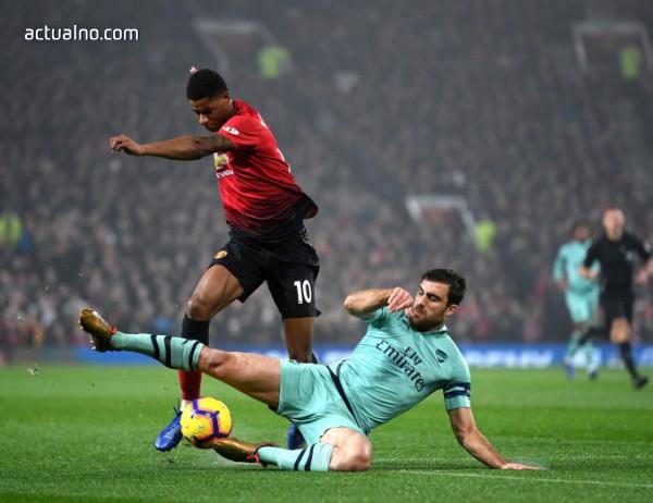 photo of Манчестър Юнайтед и Арсенал поделиха точките в зрелищен мач