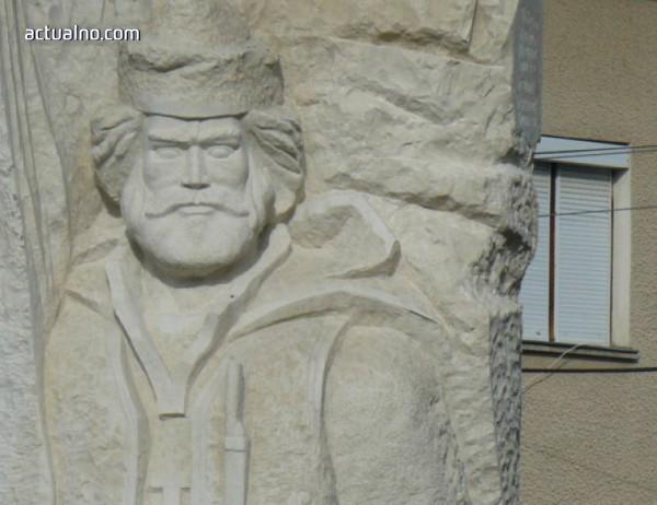 photo of Единственият паметник на Кара Кольо откриха в Тополовград