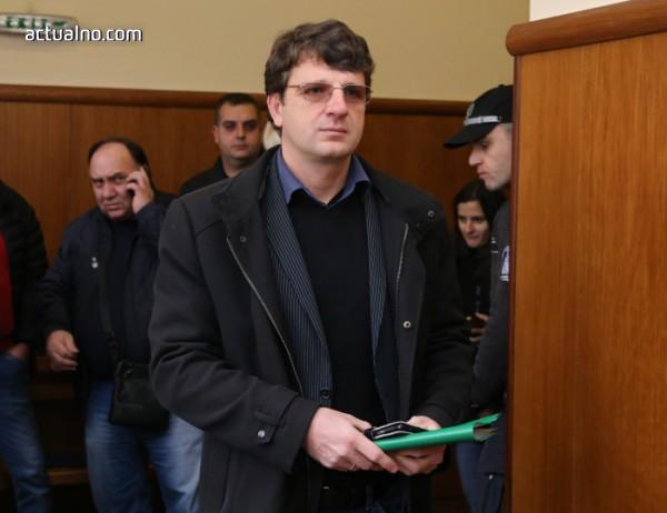 Мистерия или не: Имал ли е Ваклин достатъчно собствени легални пари, за да подкупи Иванчева?