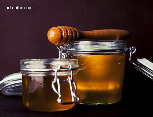 7 неща, които се случват с организма ни, ако ядем мед всеки ден